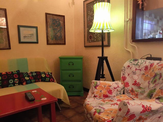 Cheerful apartment in the city center