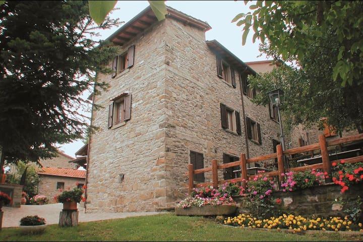 Agriturismo Flora - Il Mirtillo, sleeps 4 guests - Casenuove - Vila