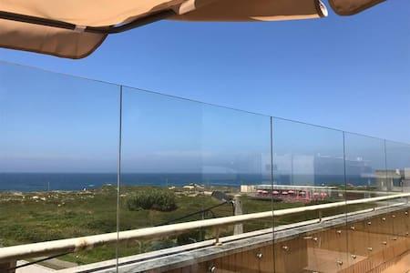 Miramar Beach House - Sea Views