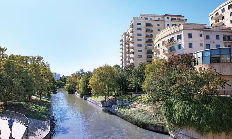San Antonio River Walk Condo