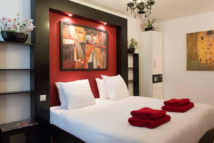 Hotel in the heart of Amsterdam 2p