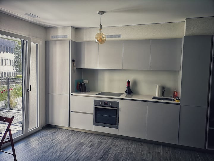 Modern Appartment in the center of Sion + Garden✿