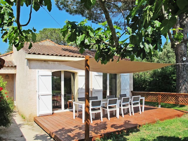 Holiday home in Hyères / L'Ayguade