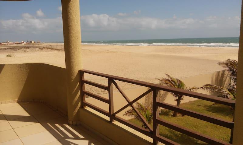 Espaço e paz numa praia deserta - Taiba - Apartamento