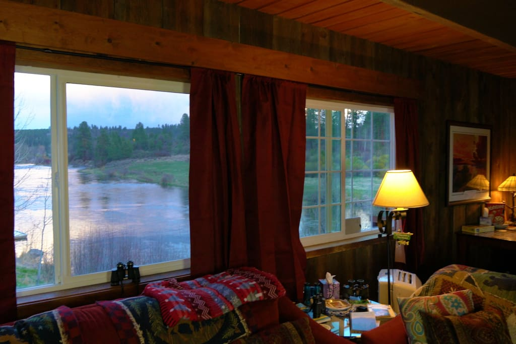 Living room River View