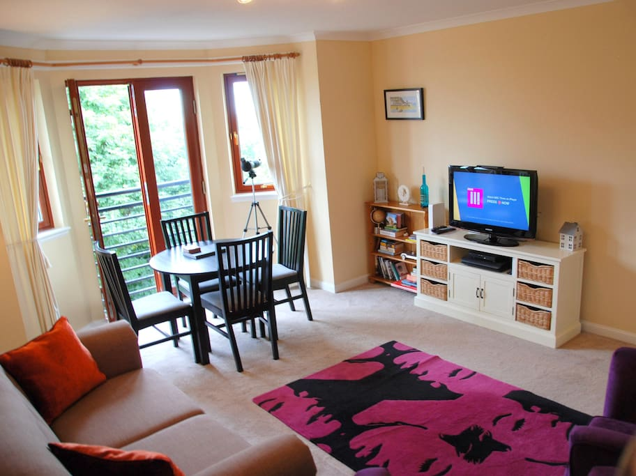 Spacious living room with french doors. Virgin TV, Superfast internet, Wii and Games, Guide books, Board Games and more!