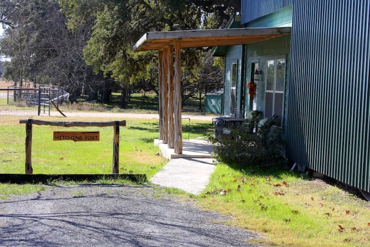 The Hitching Post at Utopia River Retreat