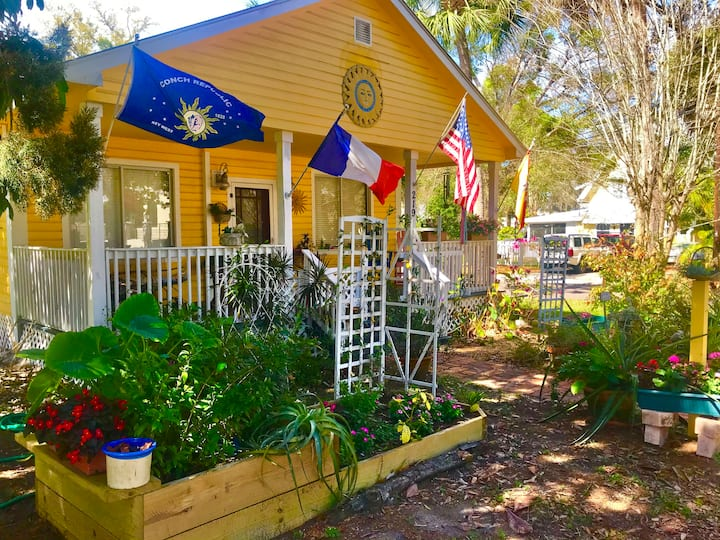 Entire Home/Apartment for Rent in Tarpon Springs