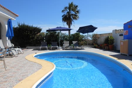 private bungalow with own pool, walled garden - Bolnuevo - Villa