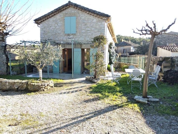 Maison en pierre proche d'uzes et du pont du Gard
