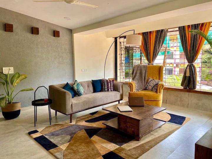 Designer Penthouse+Private Terrace | 2min to Beach