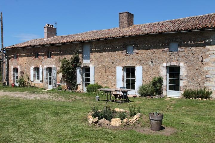 Studio à la campagne proche de Poitiers