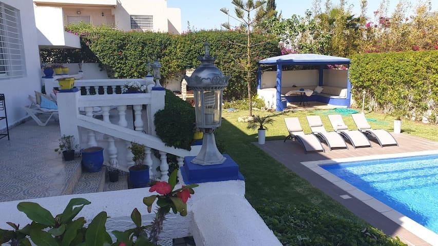 Une très belle maison à Rabat ac piscine 8 pers.