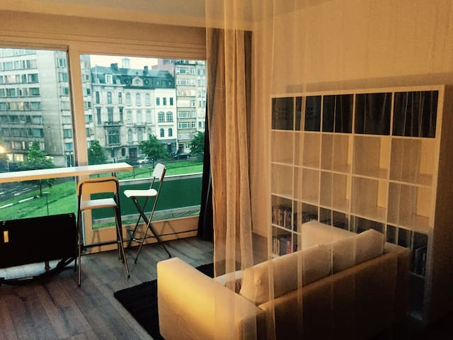 Cosy studio close to city center - Antwerp - Condominium