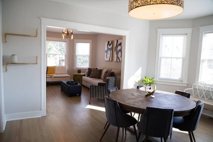 Large Renovated Suite-Forest Park/Oak Park