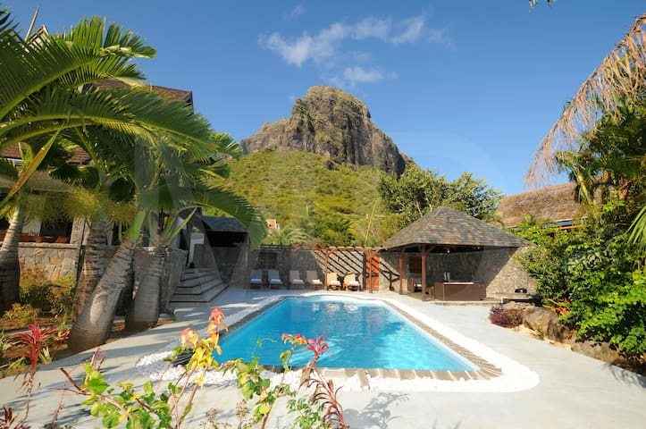 Premium Villa in Le Morne