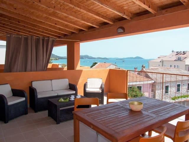 Apartments Sime Villa Vulin / Two bedrooms A5