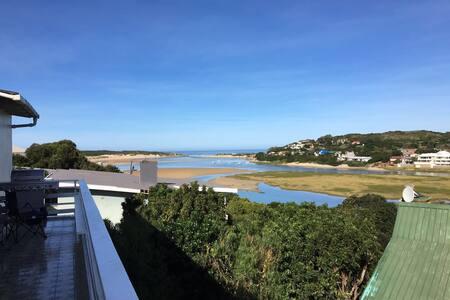 Dreamy Views with River Access - Kenton-on-Sea