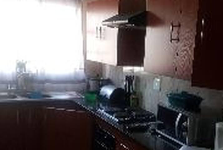 3 bedroom flat within the comfort ofwoodridge park