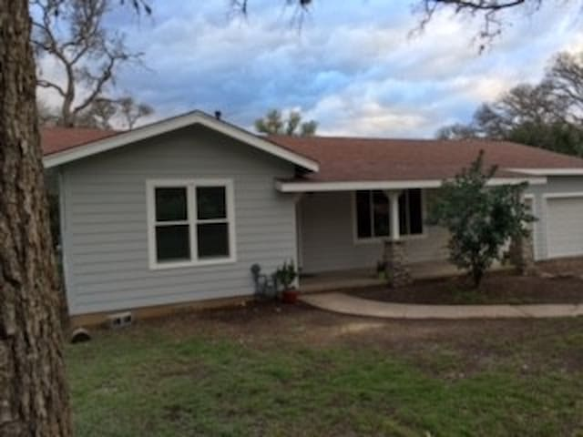 Country cottage, GREAT location! - Sunset Valley