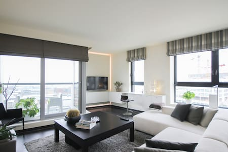 Luxury 1 bedroom apartment with an amazing view
