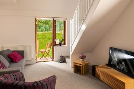 The Ash, Deluxe Apartment, Malvern, Sleeps 2 - Mathon - Apartemen