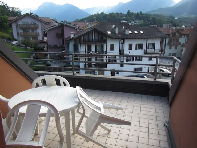 Double-room apartment, with balcony and free Wi-fi, parking available on site