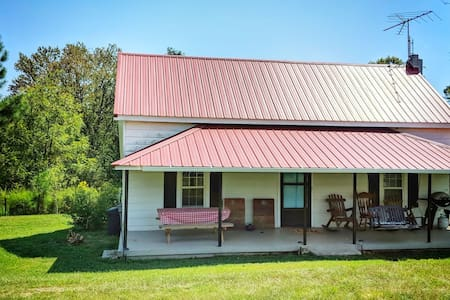 Jocassee Lake Acres - 7 acre farm - boat friendly