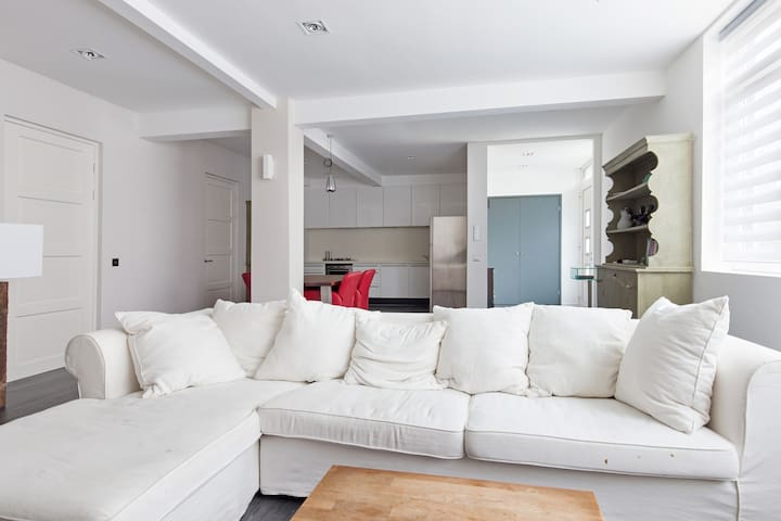 luxury apartment close by Amsterdam