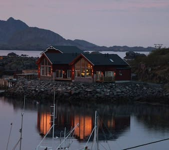 Exclusive fishermans cabin-Lofoten
