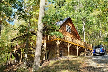 Secluded Log Cabin,Modern Living,Lovely Amenities