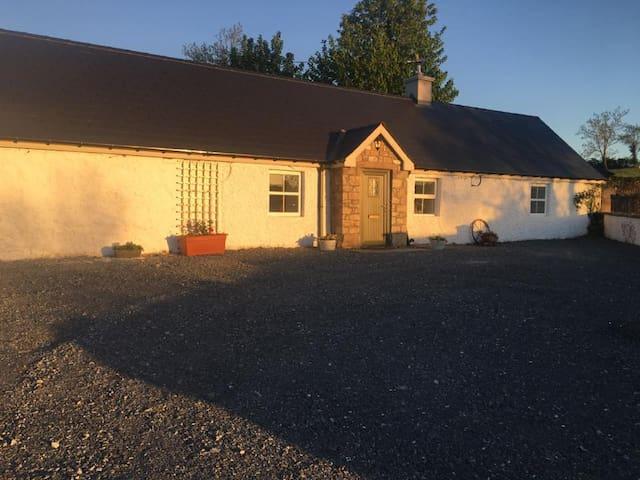 Clontrain Cottage