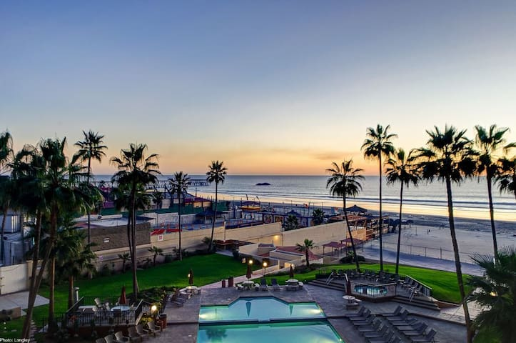 Oceana Casa Del Mar in Rosarito Beach condo 404.