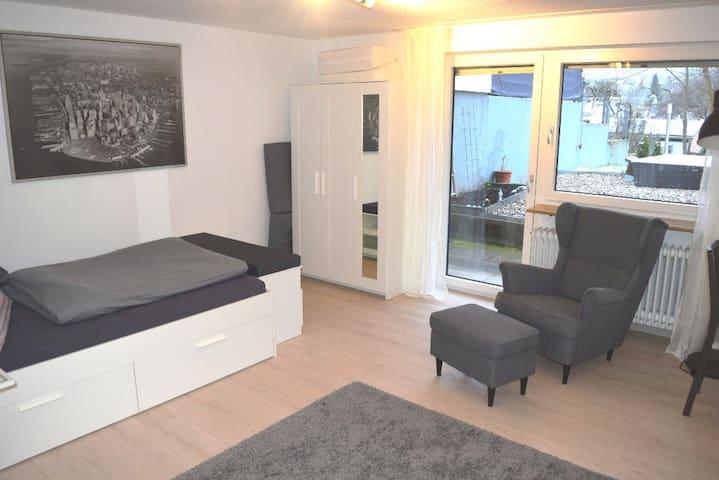 Studio Apartment near Stuttgart Airport