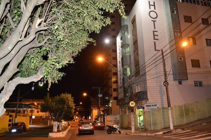 HOTEL ECONÔMICO PARA DIÁRIAS E MENSALISTAS - Pouso Alegre