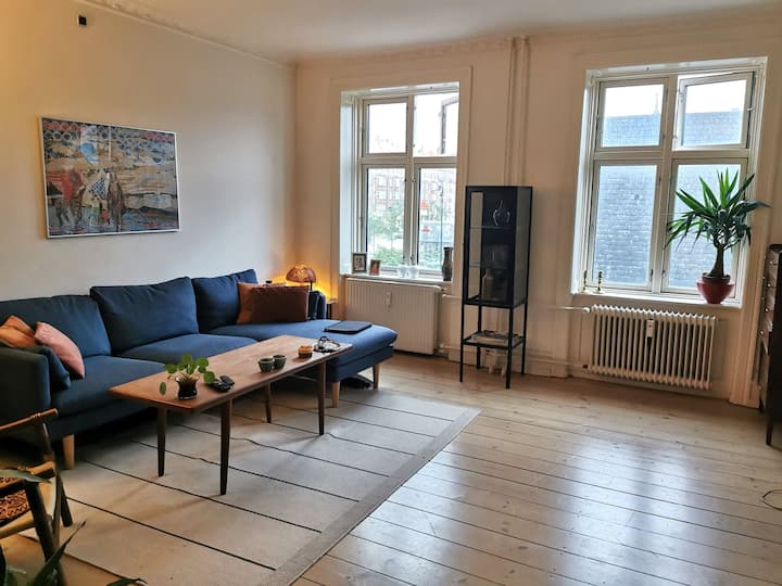 Authentic and cozy flat - in the heart of the city