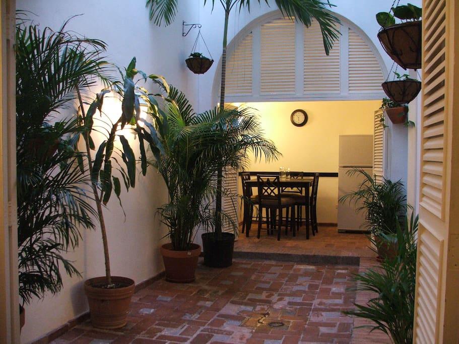 Colonial Indoor Patio