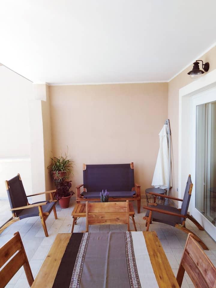 Three-room apartment with terrace SHARDANA