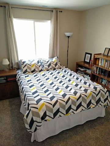 Bedroom in New Townhouse Southwest of Salt Lake - Herriman - Complexo de Casas