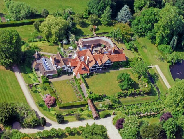 Great Tangley Manor