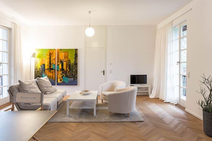 Exklusive Ferienwohnung / Schiefer - Konz - Apartment