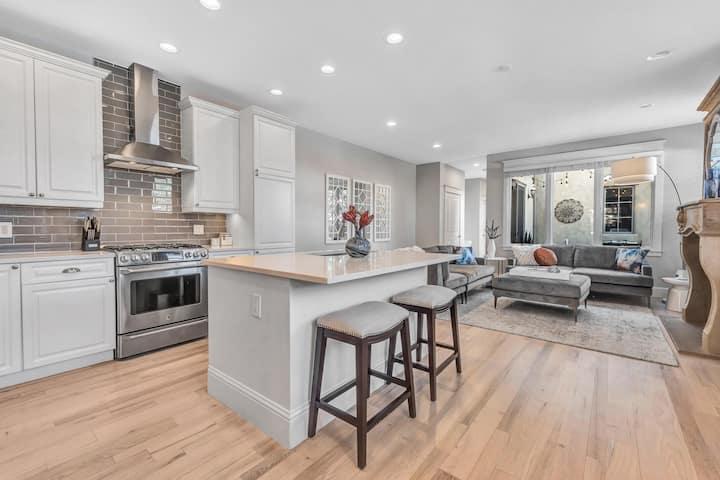 Luxury Cherry Creek Home -1 blk to Wash Park!