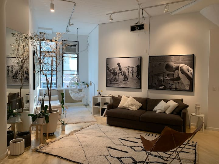 Amazing High-Ceiling TriBeCa Loft