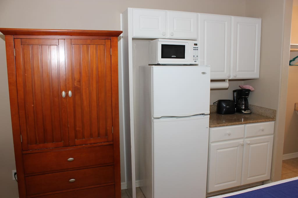 Kitchenette area with large r