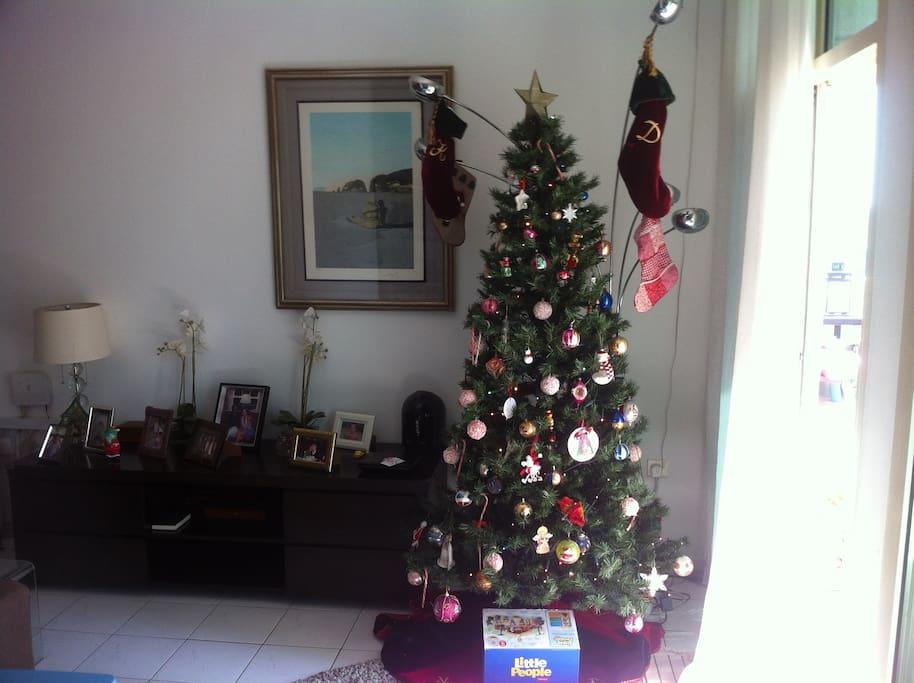 ready to go Christmas tree