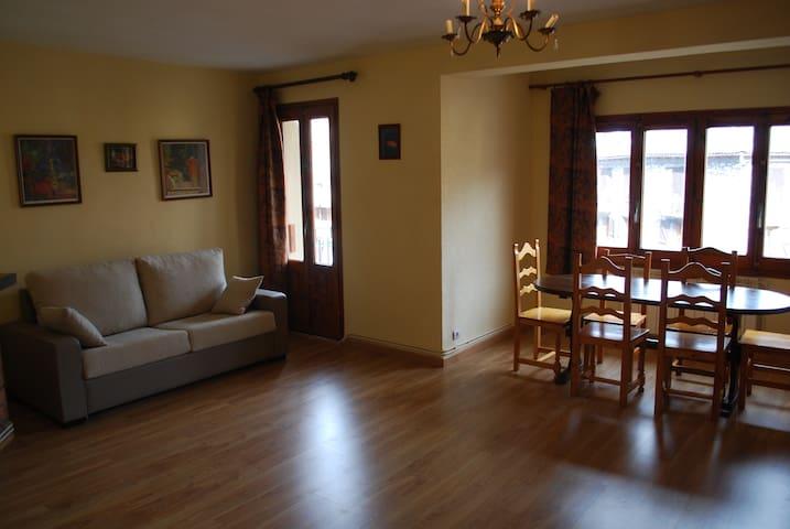 Flap 1-D - Castejón de Sos - Apartment