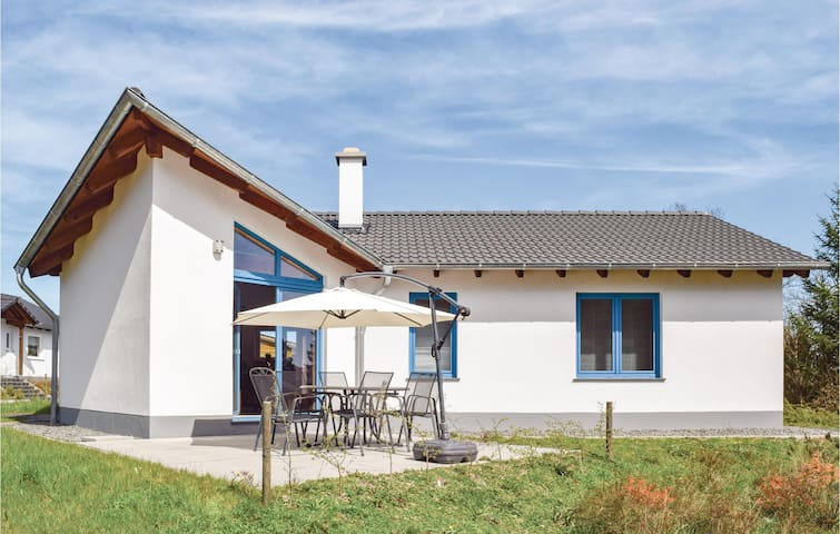 Holiday cottage with 3 bedrooms on 70m² in Gerolstein