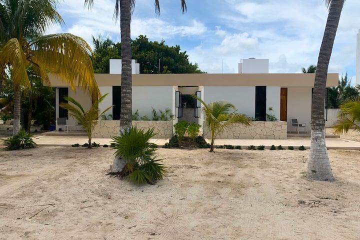 Hermosa Villa en la Playa (1 de 3)