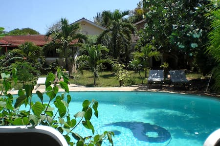 "Frangipani Cottages ""Mnazi I"" - Diani Beach"