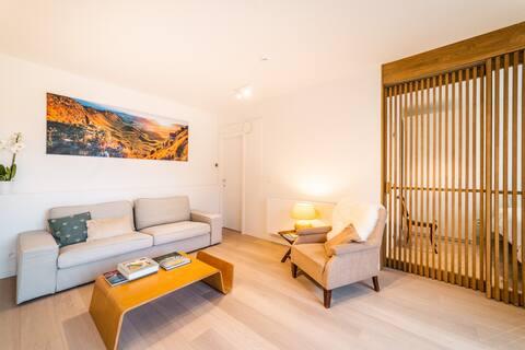 Design, comfy & quiet 1 bedroom apt near Brussels